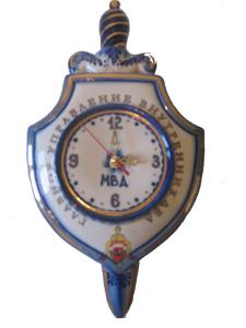 Часы Щит